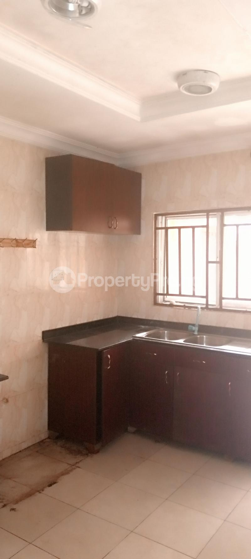 5 bedroom House for rent Estate drive Omole phase 2 Ojodu Lagos - 9