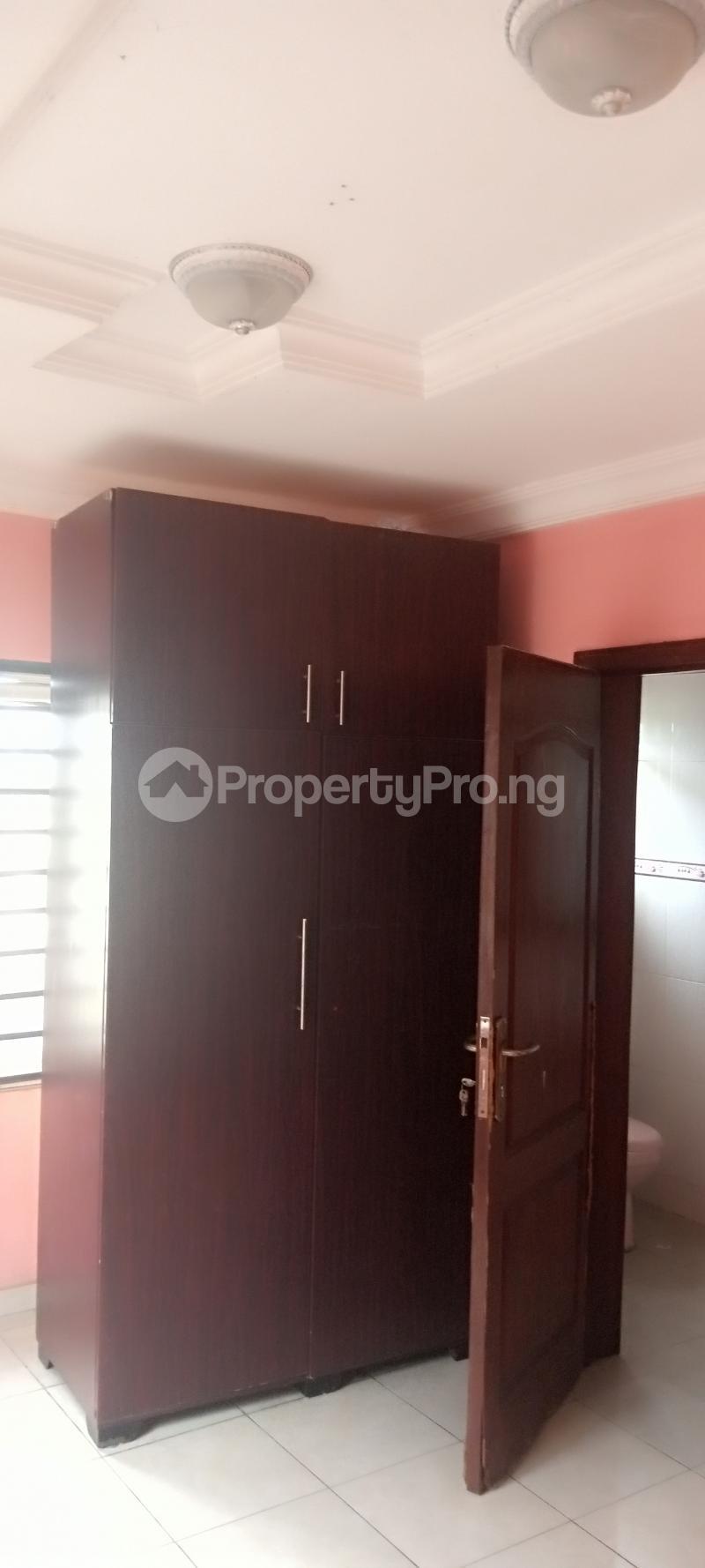 5 bedroom House for rent Estate drive Omole phase 2 Ojodu Lagos - 17