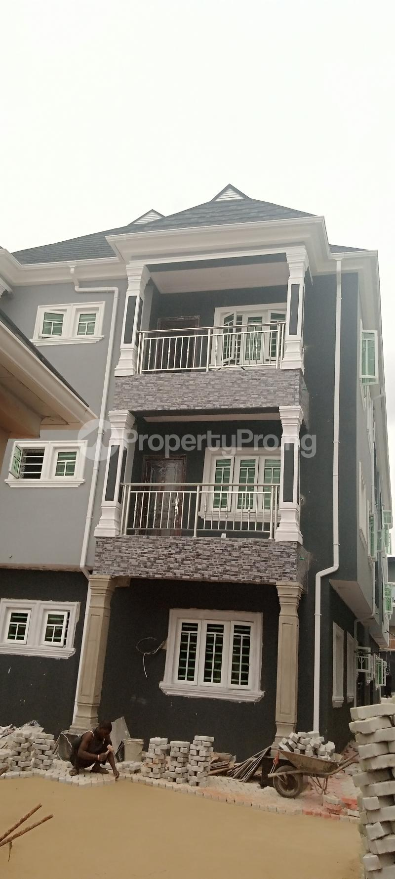 3 bedroom Flat / Apartment for rent A close Oke-Ira Ogba Lagos - 11
