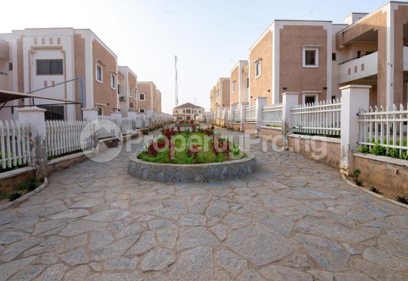 5 bedroom Detached Duplex House for sale Along Ahmadu Bello way  Kado Abuja - 9