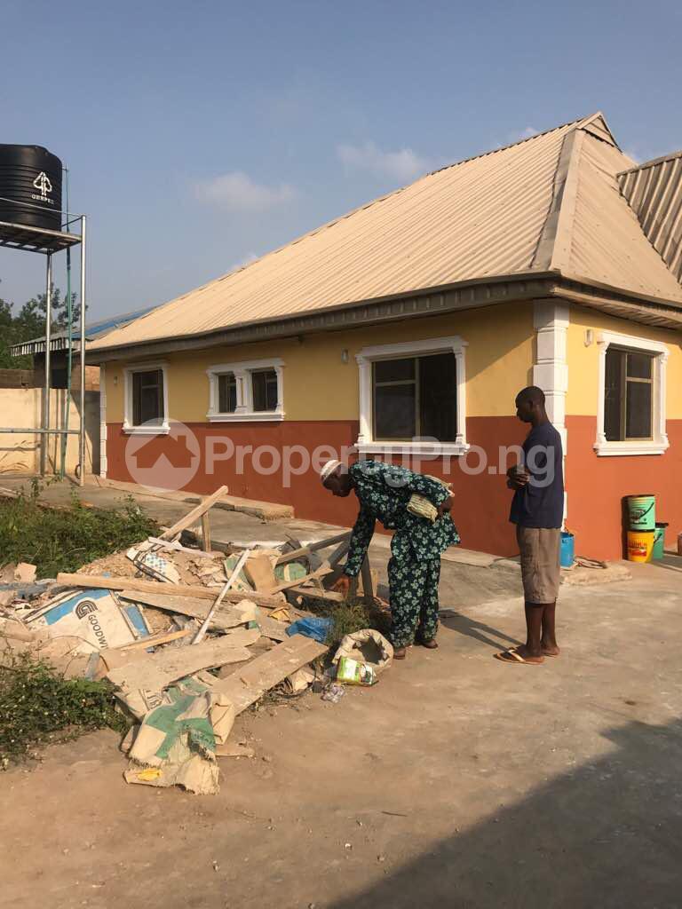 2 bedroom Blocks of Flats for sale Nnpc Apata Ibadan Oyo - 3