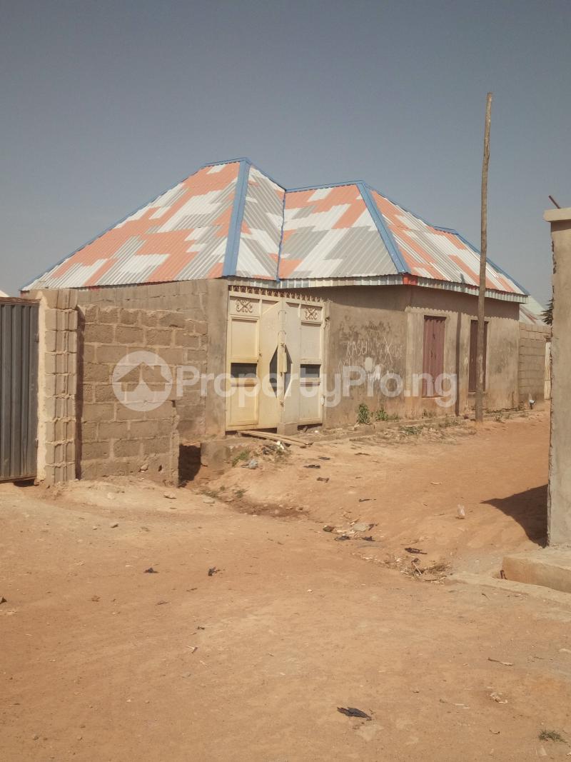 2 bedroom Mini flat for sale Hayin Damani, Opposite Badiko Kaduna North Kaduna - 0