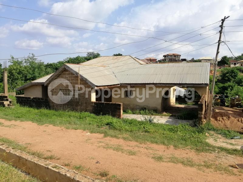 3 bedroom House for sale Off Ajadi Crescent, Ologuneru Eleyele Ibadan Oyo - 1