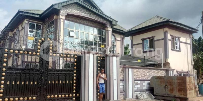 9 bedroom Semi Detached Duplex for sale Central Road, Off Airport Road Oredo Edo - 6