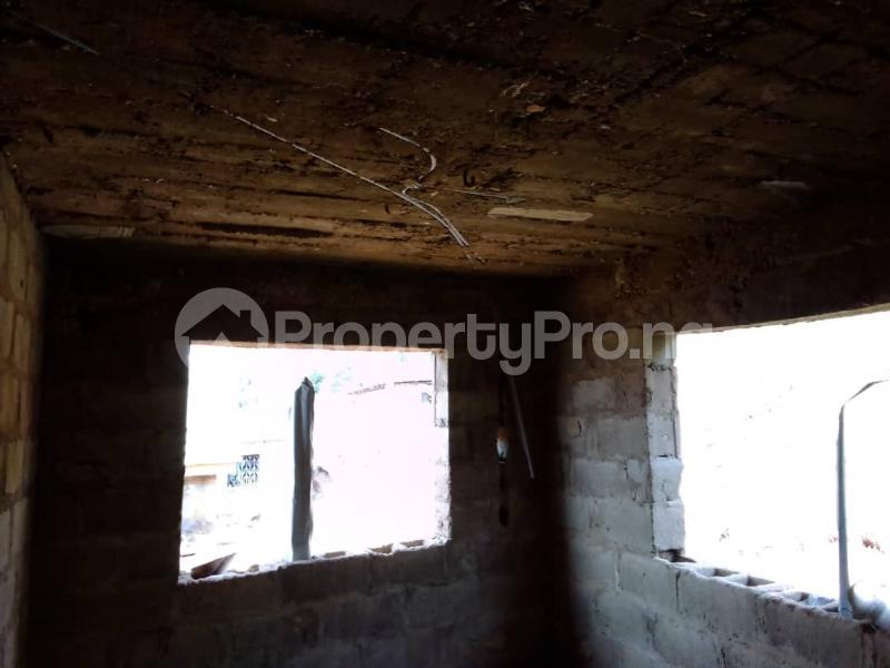2 bedroom Blocks of Flats House for sale *ekerin unit 10, ologuneru, Ibadan  Ibadan Oyo - 5