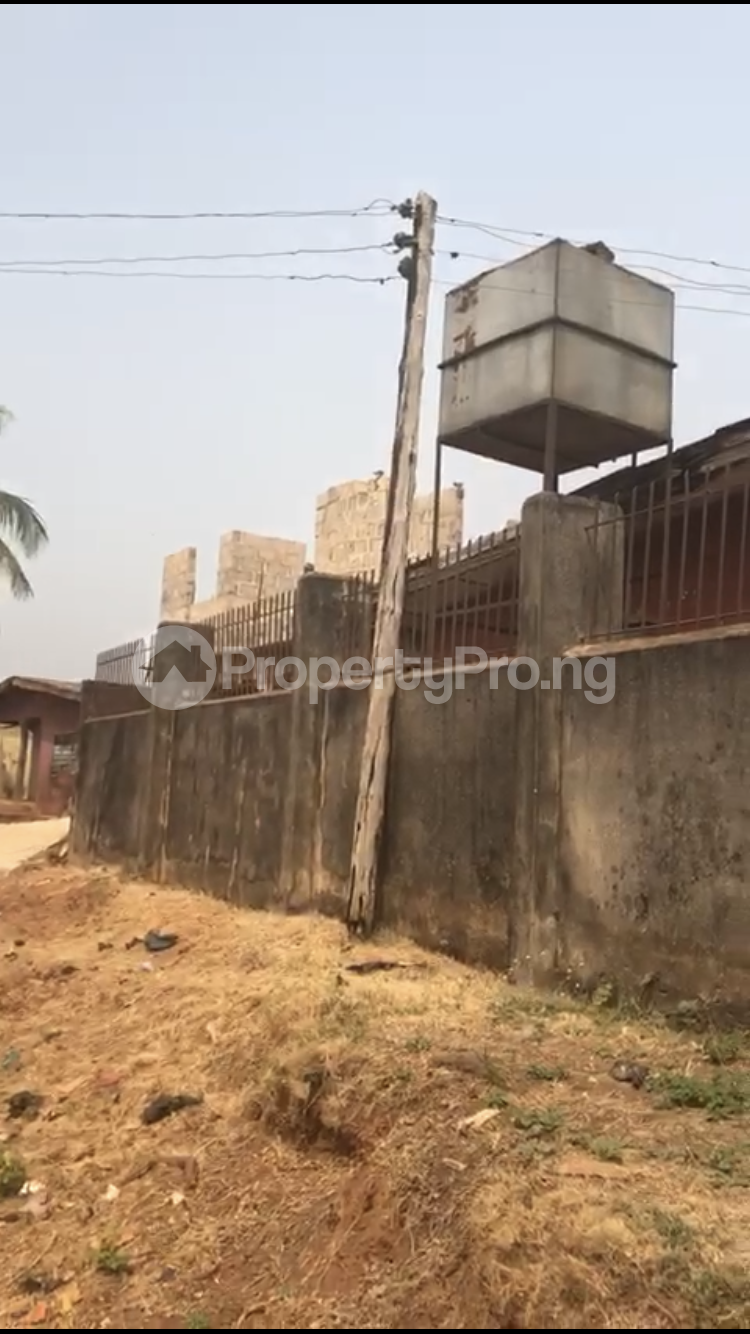 6 bedroom Terraced Bungalow House for sale Techincal school road , Uselu Egor Edo - 1