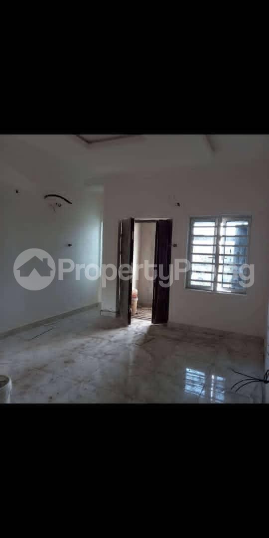 2 bedroom Flat / Apartment for rent Isaac john Jibowu Yaba Lagos - 3