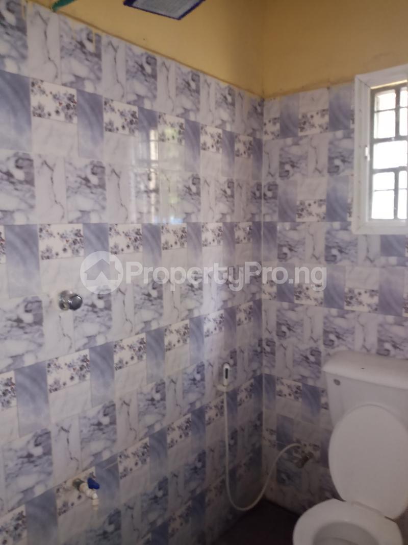 2 bedroom Blocks of Flats for rent Moshood Olayiwola/abela/adetokun Ibadan north west Ibadan Oyo - 3