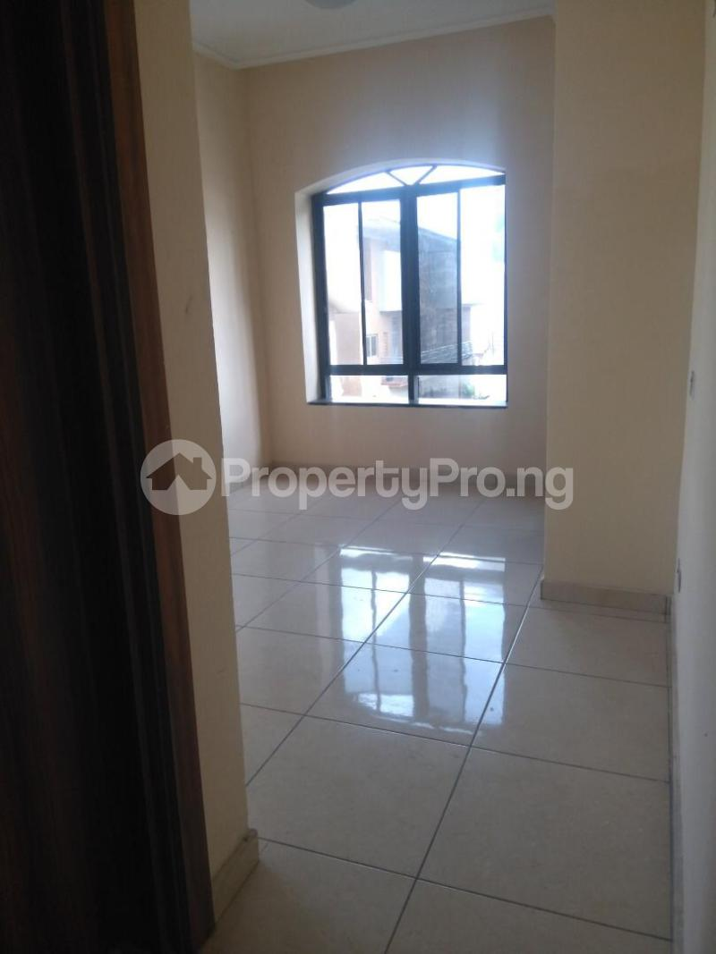 2 bedroom Flat / Apartment for rent Coconut groove estate ONIRU Victoria Island Lagos - 0