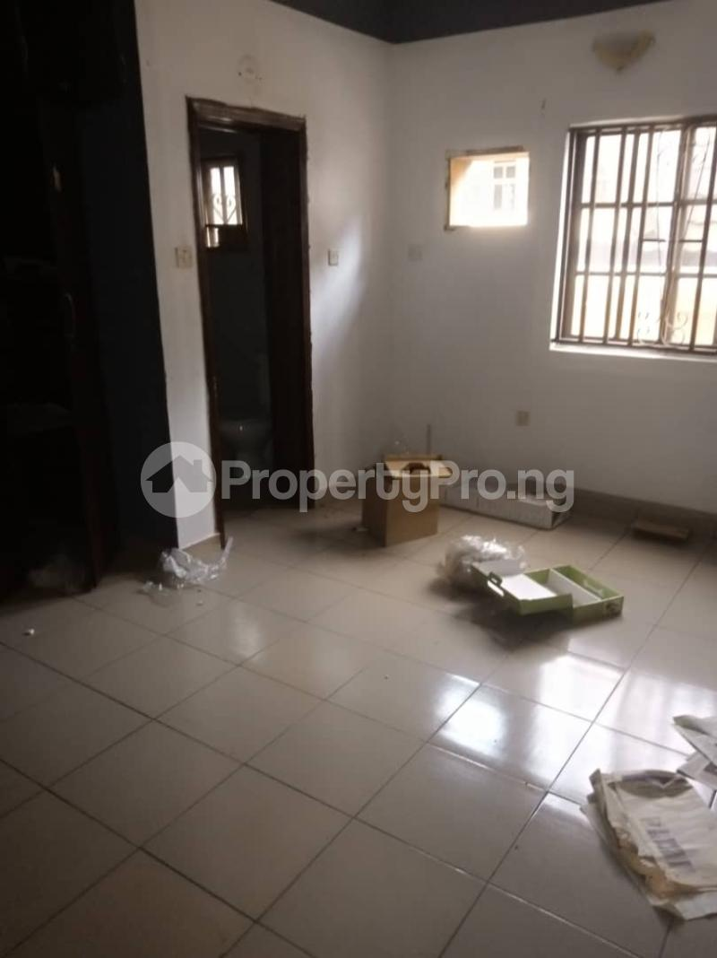 3 bedroom Flat / Apartment for rent Alagomeji Yaba Lagos - 2