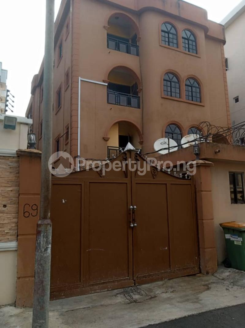 3 bedroom Flat / Apartment for rent Alagomeji Yaba Lagos - 0