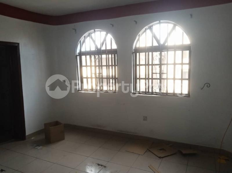 3 bedroom Flat / Apartment for rent Alagomeji Yaba Lagos - 3
