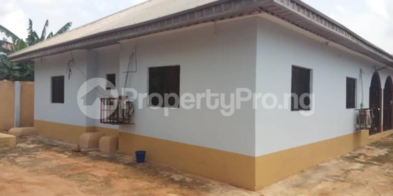 3 bedroom Detached Bungalow House for sale oredo LGA Edo state. Oredo Edo - 2