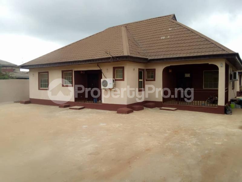 6 bedroom Detached Bungalow House for sale Elepe ijede Ijede Ikorodu Lagos - 0