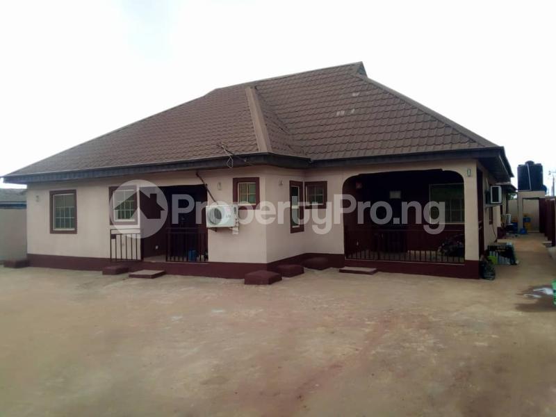 6 bedroom Detached Bungalow House for sale Elepe ijede Ijede Ikorodu Lagos - 3