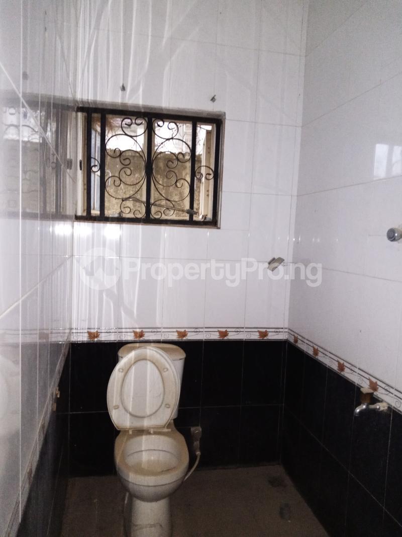 6 bedroom Semi Detached Duplex for sale Olu Odo Off Igbogbo Road Igbogbo Ikorodu Lagos - 6