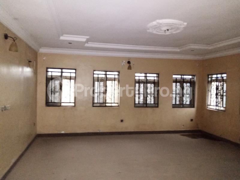 6 bedroom Semi Detached Duplex for sale Olu Odo Off Igbogbo Road Igbogbo Ikorodu Lagos - 4