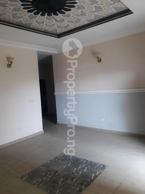 3 bedroom Blocks of Flats House for rent Sabon Lugbe  Lugbe Abuja - 10