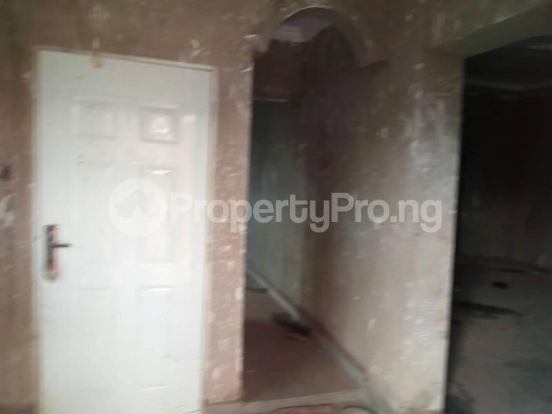 3 bedroom Detached Bungalow for sale Akinjole Oluwo, New Ife Road. Egbeda Oyo - 4