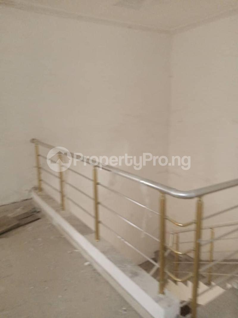 4 bedroom Detached Duplex for sale Magodo Gra Phase 2 Magodo GRA Phase 2 Kosofe/Ikosi Lagos - 10