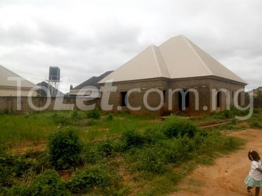 3 bedroom Detached Bungalow House for sale Off yakowa road. Kaduna South Kaduna - 2