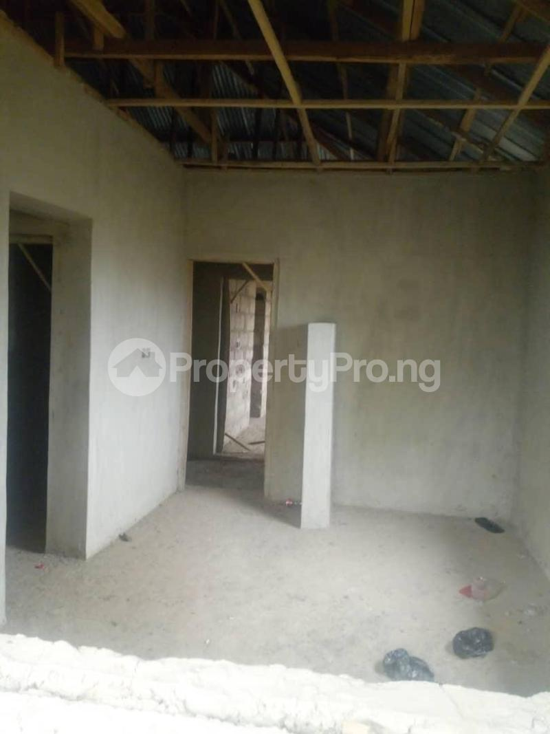 10 bedroom Flat / Apartment for sale Close To Uniosun Ikire Campus Aiyedire Osun - 1