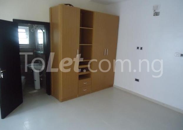 4 bedroom House for rent Chevy Estate chevron Lekki Lagos - 6