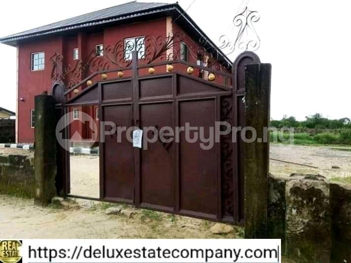9 bedroom Mini flat for sale At Fupre School Ugbomro,warri Delta State Warri Delta - 0