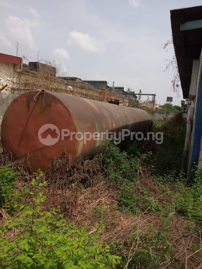 Warehouse Commercial Property for sale Ilupeju Lagos - 4