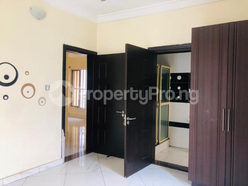 3 bedroom Semi Detached Duplex House for rent Magodo GRA Phase 2 Kosofe/Ikosi Lagos - 4