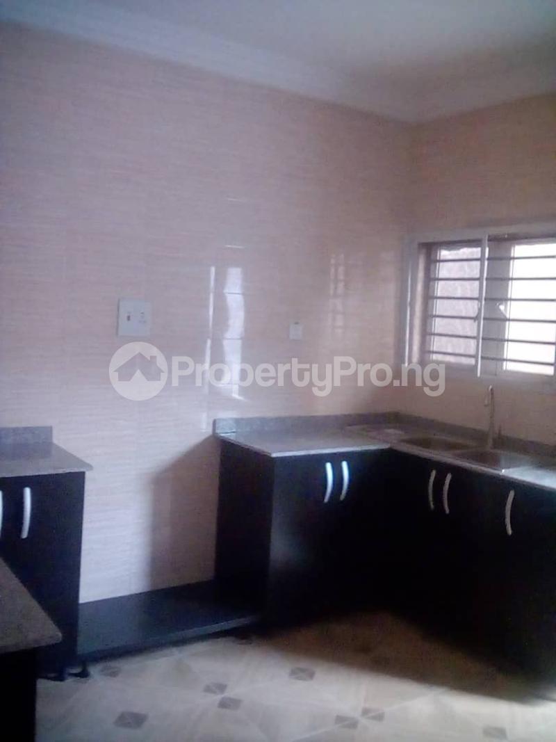 3 bedroom Flat / Apartment for rent Opposite Lagos Business School Off Lekki-Epe Expressway Ajah Lagos - 4