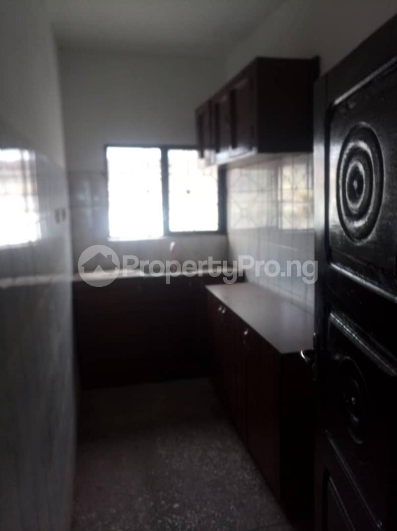 3 bedroom Flat / Apartment for rent   Akoka Yaba Lagos - 4