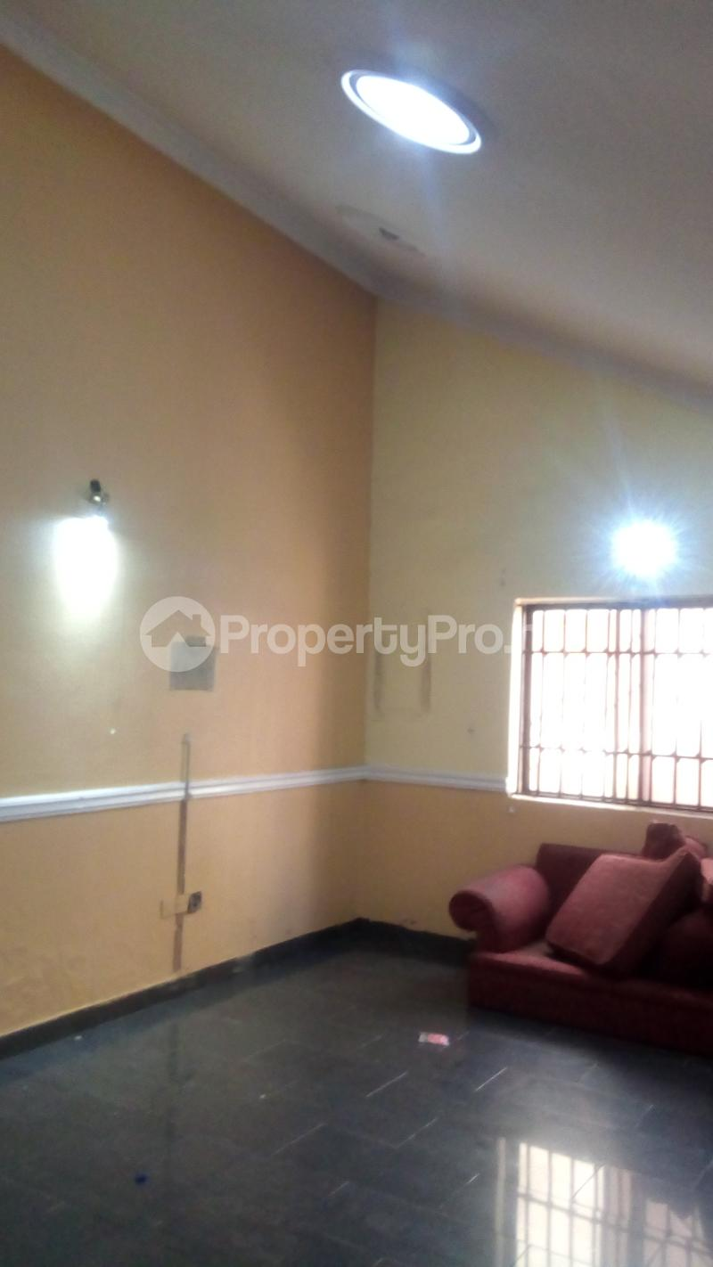 4 bedroom Terraced Duplex House for rent Atunrase Estate Atunrase Medina Gbagada Lagos - 3