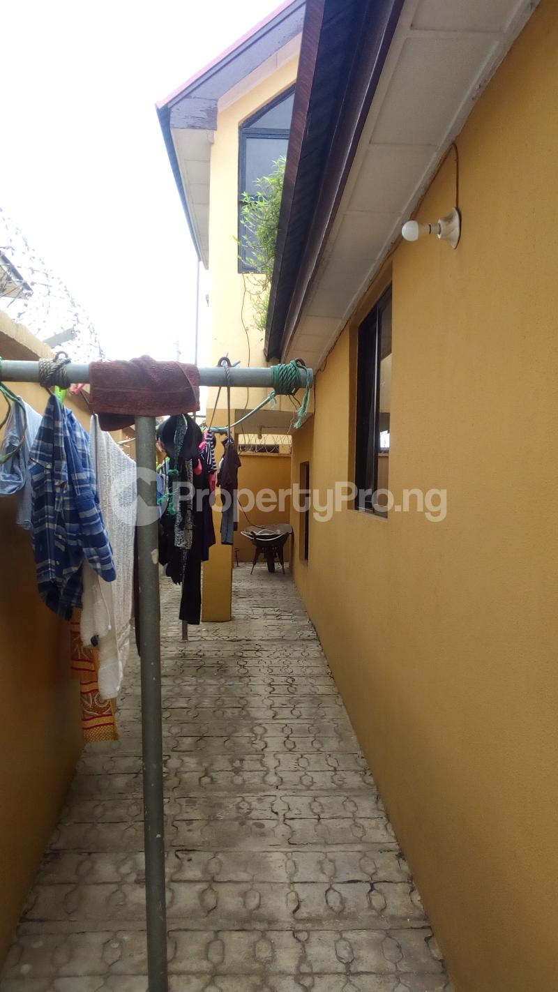 4 bedroom Terraced Duplex House for rent Atunrase Estate Atunrase Medina Gbagada Lagos - 2