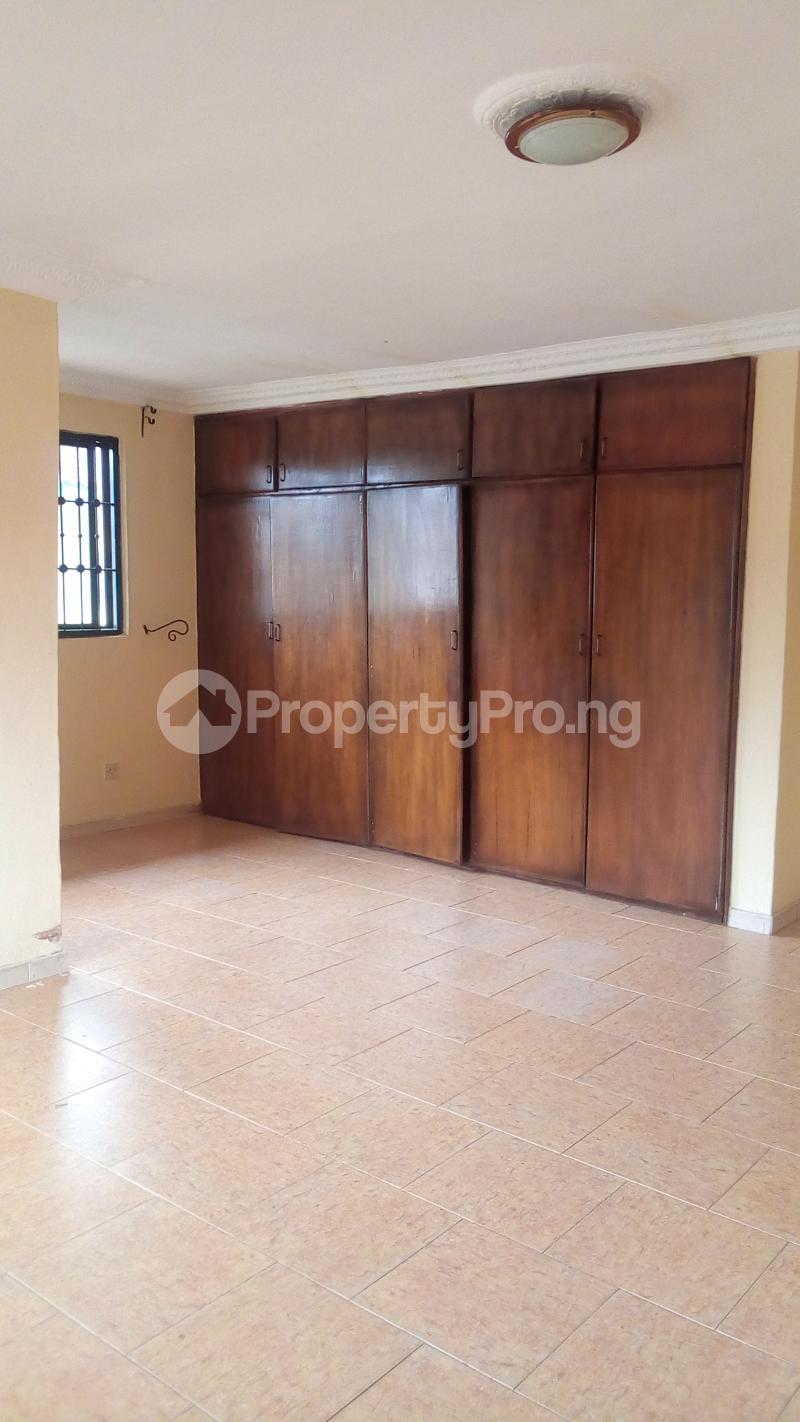 4 bedroom Semi Detached Duplex for sale Gbagada Gra Phase 2 Gbagada Lagos - 25