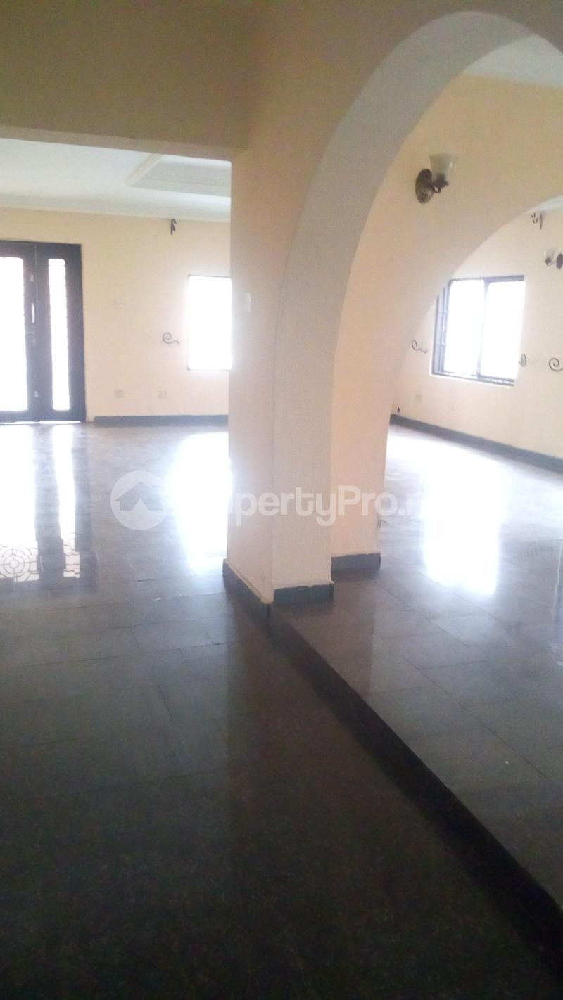 4 bedroom Semi Detached Duplex for sale Gbagada Gra Phase 2 Gbagada Lagos - 16