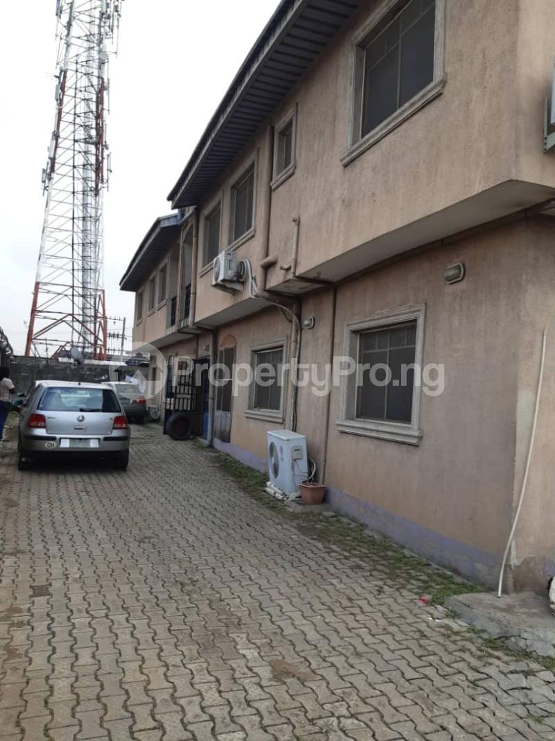 3 bedroom Flat / Apartment for rent Ogunsami Street off Shaki Crescent By Adekunle Kuye  Adelabu Surulere Lagos - 7