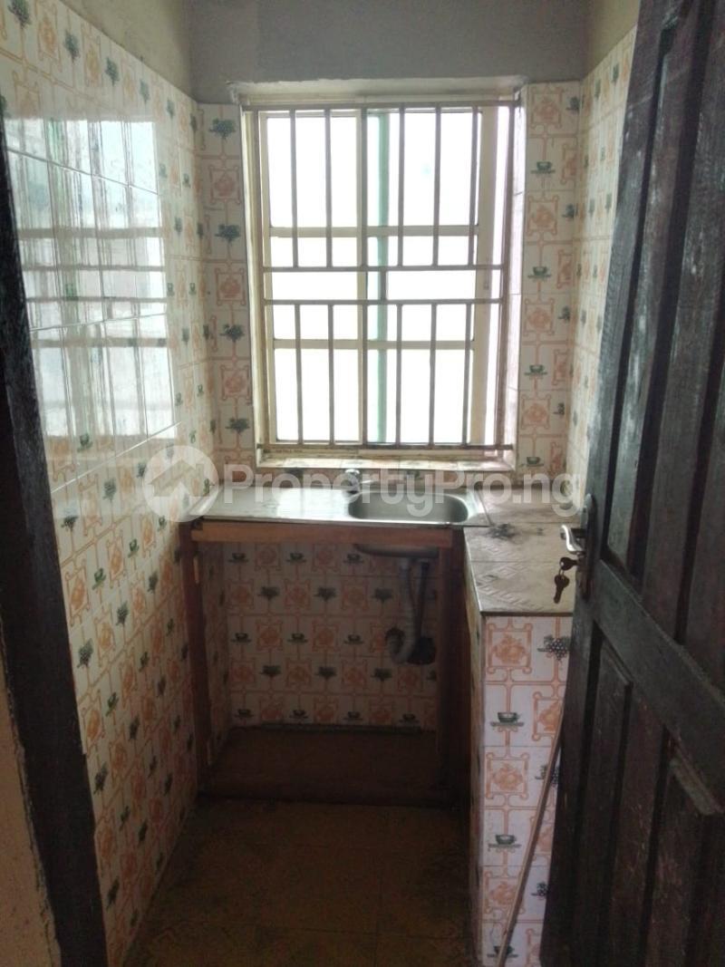 1 bedroom Mini flat for rent Abule-Ijesha Yaba Lagos - 5