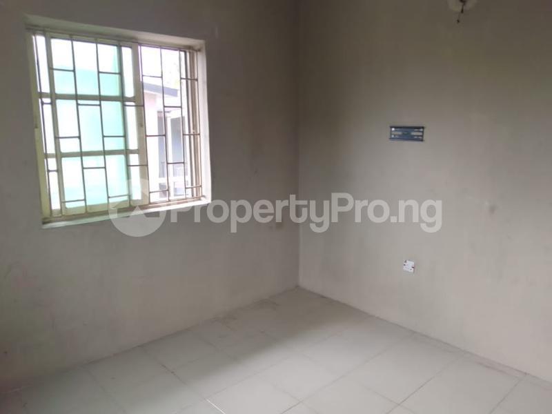 1 bedroom Mini flat for rent Abule-Ijesha Yaba Lagos - 4