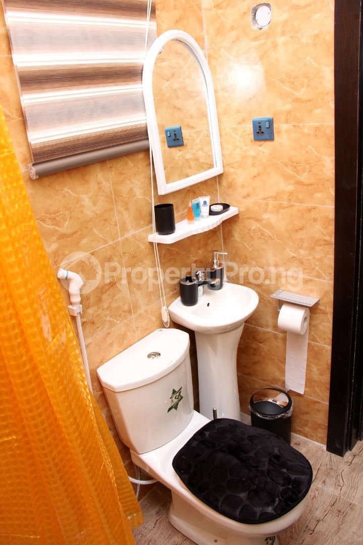 4 bedroom Shared Apartment for shortlet ... Magodo GRA Phase 2 Kosofe/Ikosi Lagos - 12