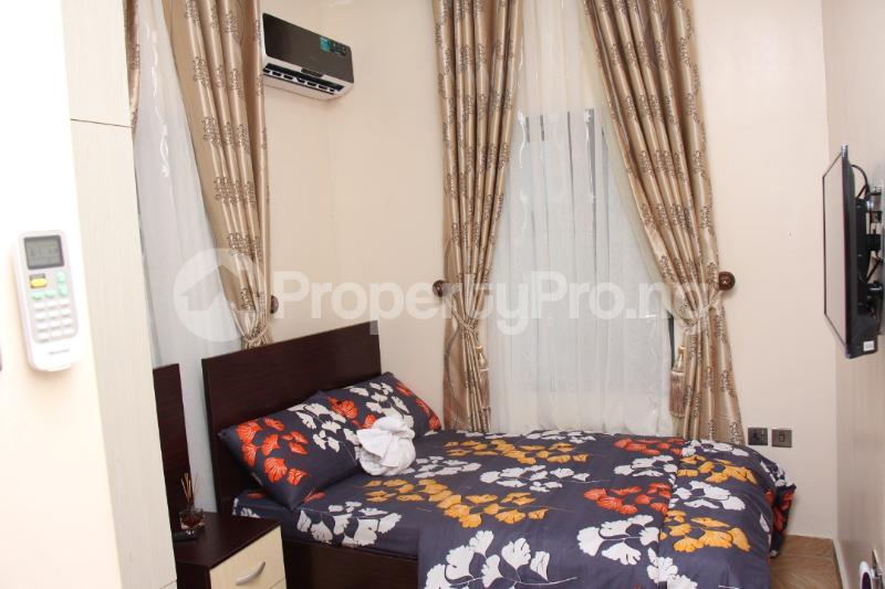 4 bedroom Shared Apartment for shortlet ... Magodo GRA Phase 2 Kosofe/Ikosi Lagos - 16