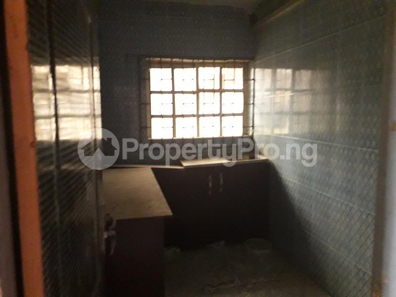2 bedroom Office Space for rent Atunrashe Estate Close To Road Atunrase Medina Gbagada Lagos - 4
