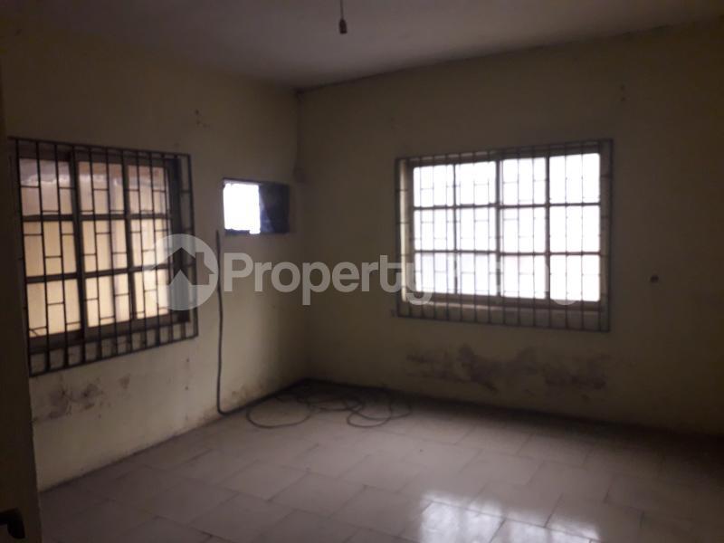 2 bedroom Office Space for rent Atunrashe Estate Close To Road Atunrase Medina Gbagada Lagos - 1