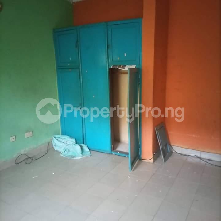 3 bedroom Flat / Apartment for rent Alagomeji Yaba Lagos - 6
