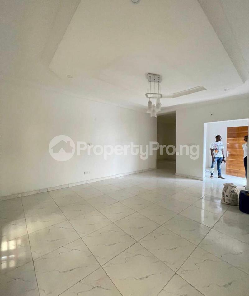 5 bedroom Detached Duplex House for sale chevron Lekki Lagos - 1