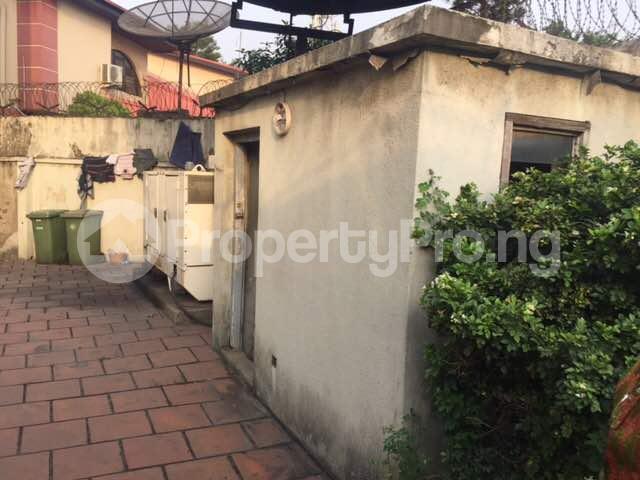 4 bedroom Terraced Duplex for sale Shonibare Estate Maryland Lagos - 9