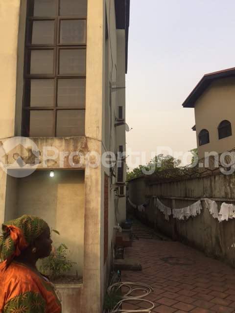 4 bedroom Terraced Duplex for sale Shonibare Estate Maryland Lagos - 8