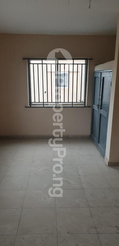 1 bedroom mini flat  Mini flat Flat / Apartment for rent In a Gated & Serene Estate in Yaba, Lagos.  Yaba Lagos - 2