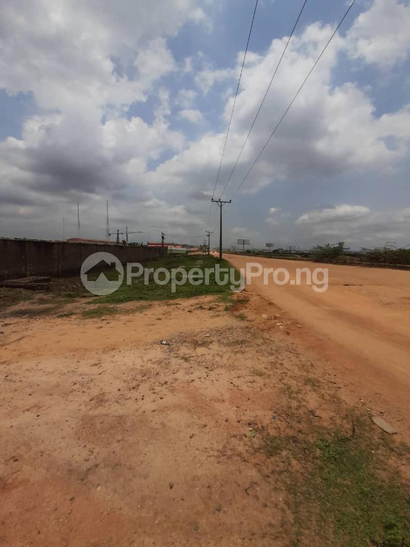 2 bedroom Warehouse for rent Isheri North Ojodu Berger Ojoolu Ifo Ogun - 3