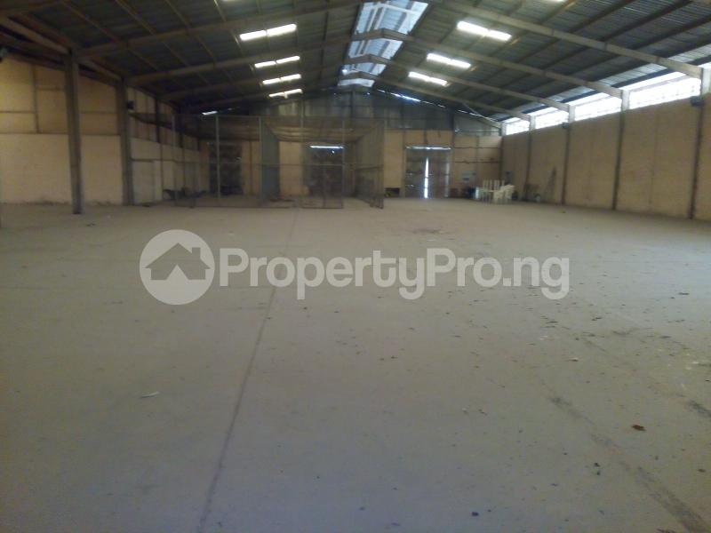 Warehouse for rent Along Okene Kabba Road, Zone 8, Lokoja Kogi - 2
